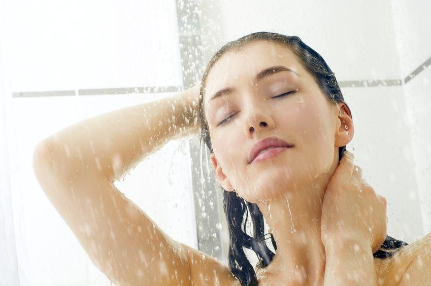 Cuida tu piel bajo el agua