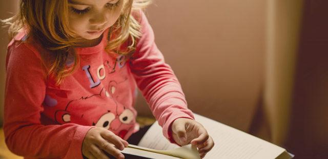 Día del Libro desde casa y con niños