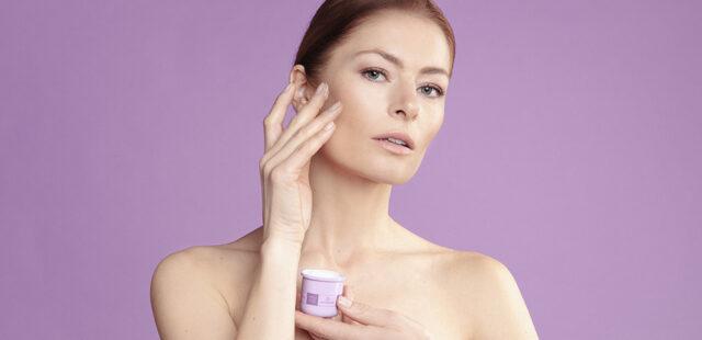 Cómo aplicar tu crema antiarrugas